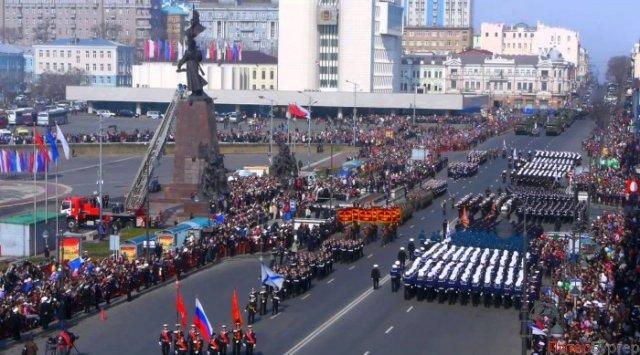 俄罗斯符拉迪沃斯托克举行胜利日72周年活动