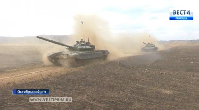 在谢尔盖的测试场上开始了全俄罗斯坦克冬季两项的区域赛段