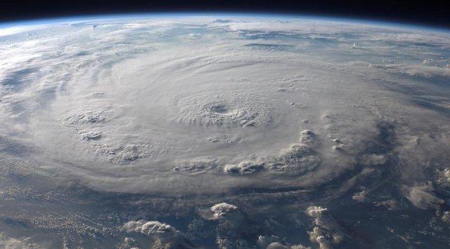 """气象学家:台风""""康妮""""将登陆韩国和日本"""