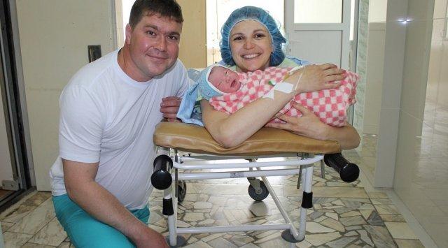新年放假期间在符拉迪沃斯托克3号妇产医院出生35名宝贝